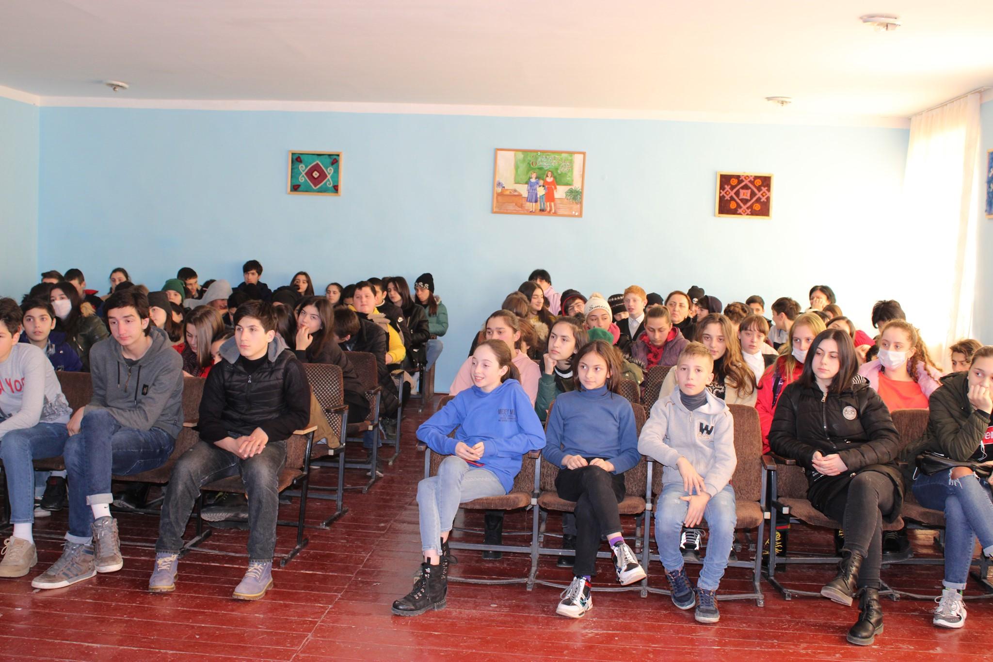 შეხვედრა წყალტუბოსა და ხონის მუნიციპალიტეტების ახალგაზრდებთან